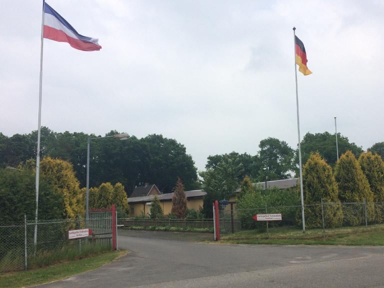 Geflügelhof Schmabek Einfahrt 1